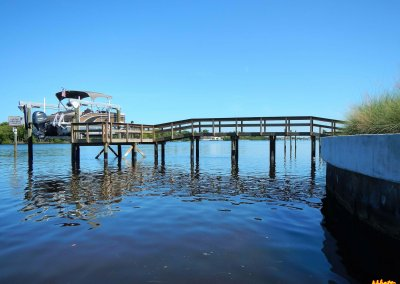Dock with composite decking and Deco Boatlift