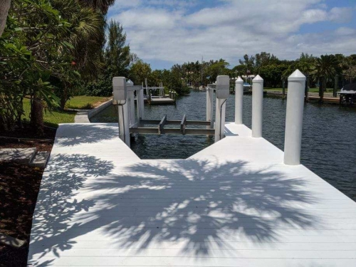 White Wear Deck dock and boatlift